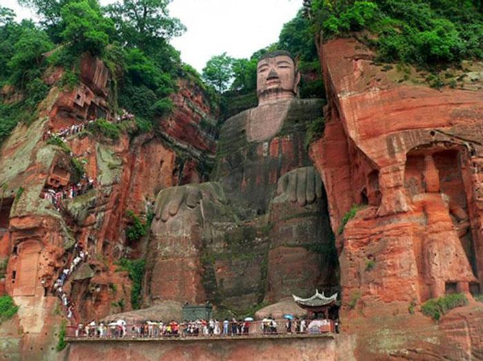 1-leshan-giant-buddha